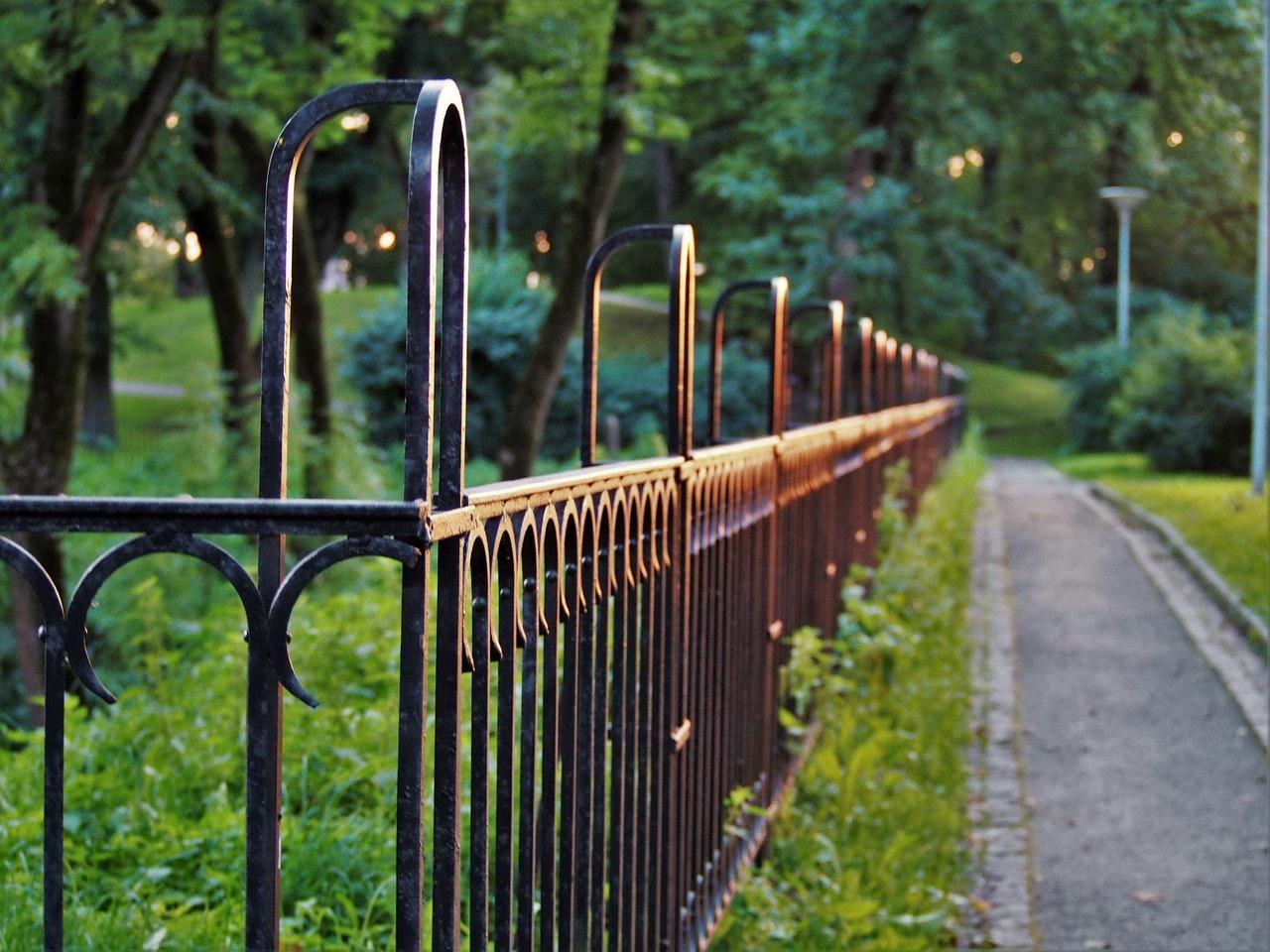 Verschillende manieren om jouw tuin af te scheiden